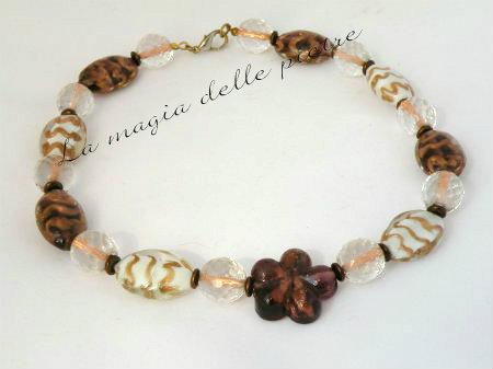 perle di vetro marrone