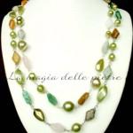 Collana in pietre e perle di vetro